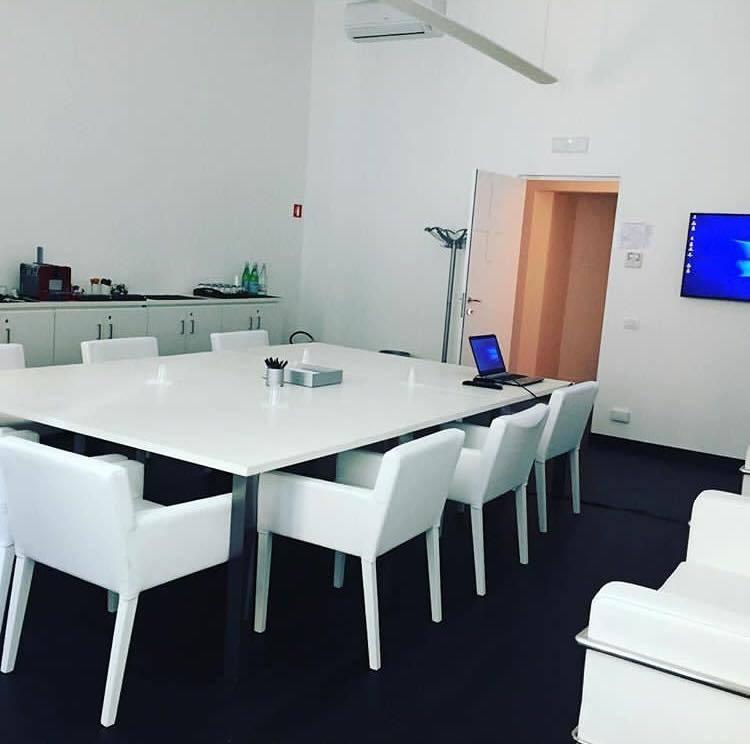 overall-portfolio-ufficio-sala-riunioni